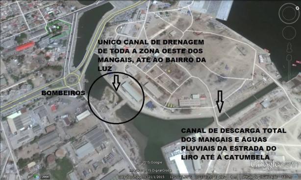 Imagem google earth ilustrando parte da rede de drenagem da cidade do Lobito