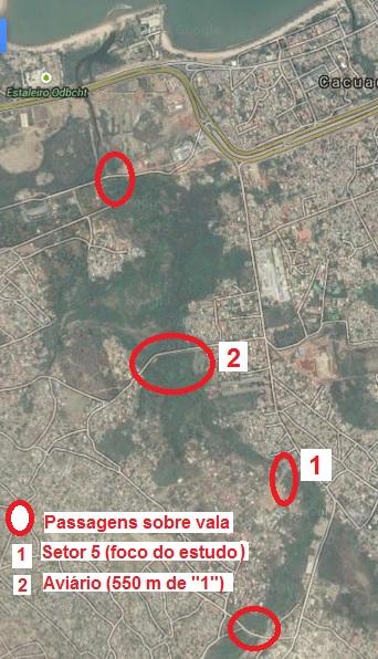 Imagem aérea mostrando as passagens sobre a vala mais próximas