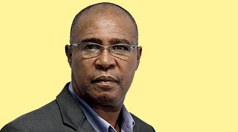 Ramiro Aleixo, Diretor do Semanário Agora