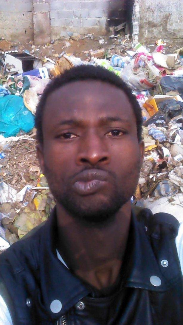 Dago Selfie Lixo